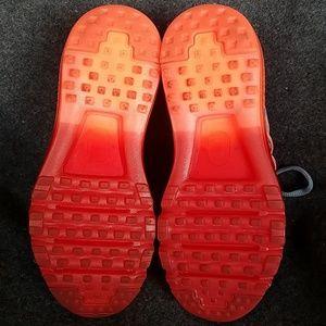 Nike Shoes - NIKE